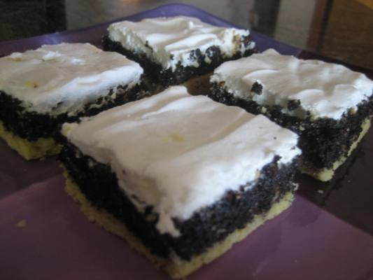 Habos Makos Bars, a Hungarian Poppy-Seed and Meringue Layered Dessert